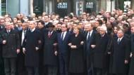 Millionen beim Gedenkmarsch gegen Terror