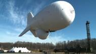 Dieser Zeppelin spioniert alles aus