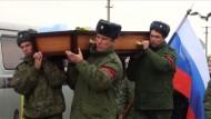 Streit um ersten Toten aus Russland