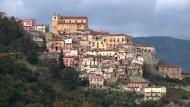 Sterben verboten - ein italienisches Dorf schrumpft