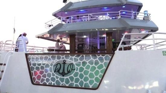 Messe für Luxus-Jachten in Dubai eröffnet