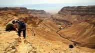 Wettlauf mit Grabräubern am Toten Meer
