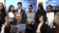 Chemie-Nobelpreisträger trifft auf reale Welt in Stockholm