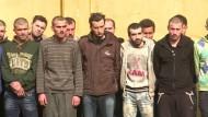 Geflüchtete Männer aus Ost-Aleppo müssen zum Militär