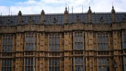 Regierung droht Brexit-Abweichlern