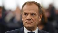 EU-Ratspräsident Donald Tusk kündigte direkt nach der Abstimmung am Freitag einen EU-Sondergipfel für den 10. April an.
