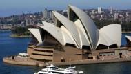 Sehnsuchtsort Australien? Nicht nur der Blick auf das berühmte Opernhaus in Sydney dürfte für Immigranten attraktiv sein.