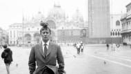 Martin Kippenberger, Elfie Semotans zweiter Ehemann, fotografiert von ihr 1996 in Venedig