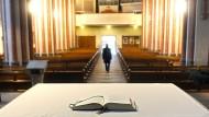 St. Johann in Bremen: In Deutschland ist der Weg aus der Kirche klar geregelt.