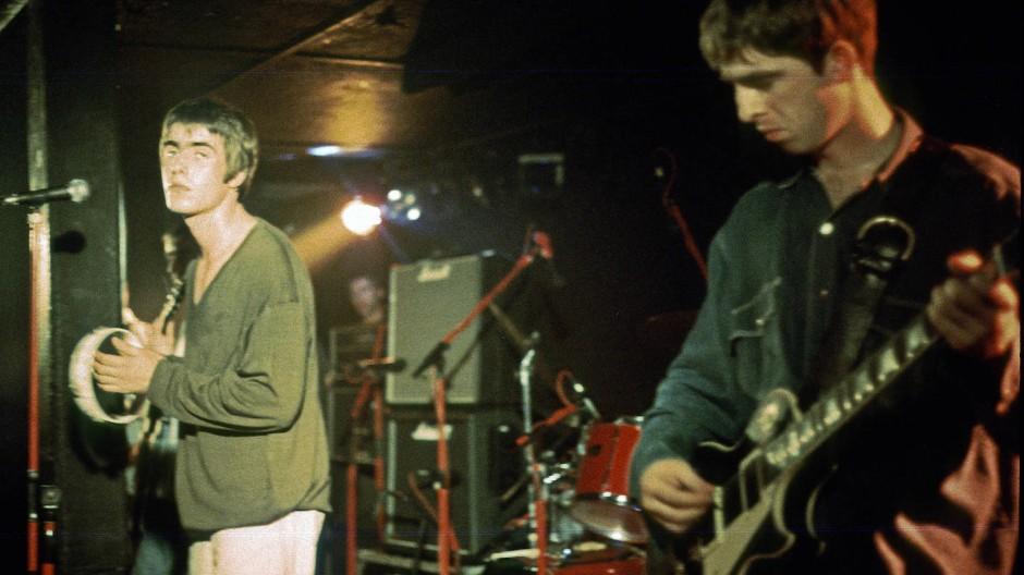 Liam und Noel Gallagher bei einem Konzert in Hamburg