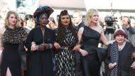 Lea Seydoux, Khadja Nin, Ava DuVernay, Cate Blanchett and Agnes Varda (von links nach rechts) auf dem roten Teppich in Cannes