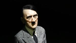 Fünfzehn Millionen für Hitler auf Knien