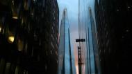 """Auch London will glitzern und rammt steile Zähne wie das Hochhaus """"The Shard"""" in die Innenstadt"""