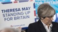 Theresa May bei einem Auftritt wenige Tage vor der Wahl in Edinburgh