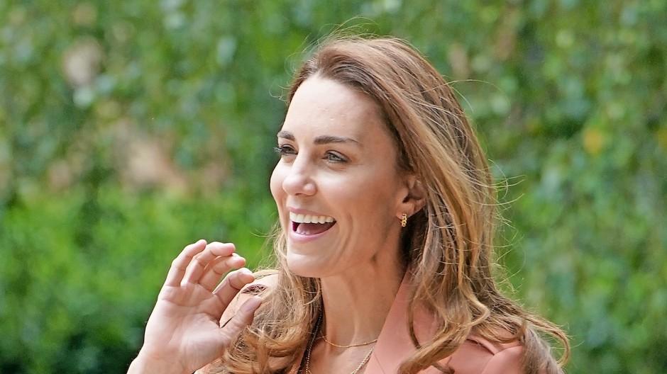 Kann lachen, ohne zu runzeln: Herzogin Kate