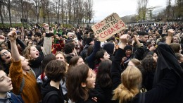 Schülerproteste in Frankreich brechen nicht ab