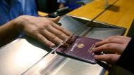 Von 2018 an werden an Flughäfen der EU-Länder die Daten der Einreisenden anlasslos erfasst und gespeichert.