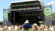 """Festivalbesucher Ende Juli auf dem """"Greenville Festival"""", das im Berliner Umland stattfindet."""