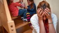 Schimpf und Zank: Mutter ist im Stress.