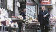 Frankfurter Flaneur: der Autor Wilhelm Genazino in der Töngesgasse
