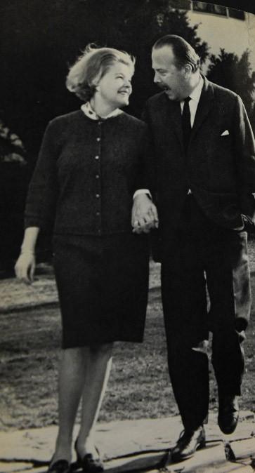 Emblematische Gesten der Nonchalance: Karl-Theodor zu Guttenberg und seine Frau Rosa Sophie Prinzessin von Arenberg