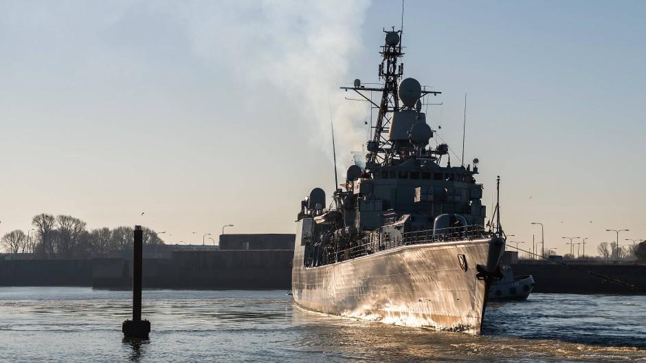 Letzte Fahrt für Mission Sophia: Die Fregatte Augsburg kehrt in den Marinehafen in Wilhelmshaven zurück.