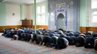 Gebet in einer deutschen Ditib-Moschee