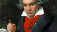 In der Hand das Credo der Missa solemnis: Ludwig van Beethoven auf dem Ölporträt von Karl Stieler 1820.