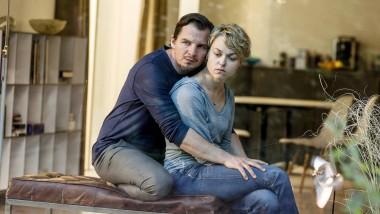In der Falle: Manuel (Felix Klare) hat einen Menschen auf dem Gewissen. Seine Frau (Lisa Wagner) wird handeln.