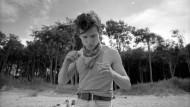 Der junge Körper will sich beweisen: Robbie (Joel Basman) sucht Bewegung, vielleicht sogar eine politische.