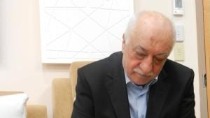 Islamist oder Islam-Aufklärer: Wer ist Fetullah Gülen?