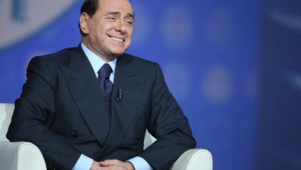 Berlusconi zieht es nach Neapel