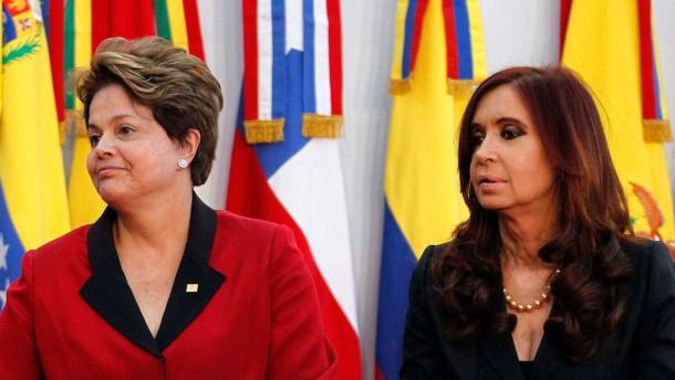 Die Präsidentinnen und ihre Imitatoren