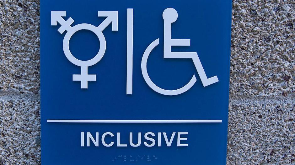 Darum geht es nur am Rande: Die vieldebattierten geschlechterneutralen Toiletten.
