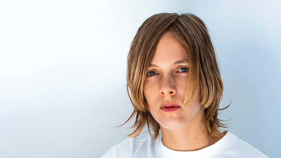 Marieke Lucas Rijneveld, 1991 in Nieuwendijk geboren