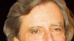 Bei Peter Weiss ist de Sade politisch, bei Philip Kaufman ein Archetyp