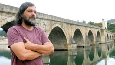 Emir Kusturica und die Brücke von Višegrad