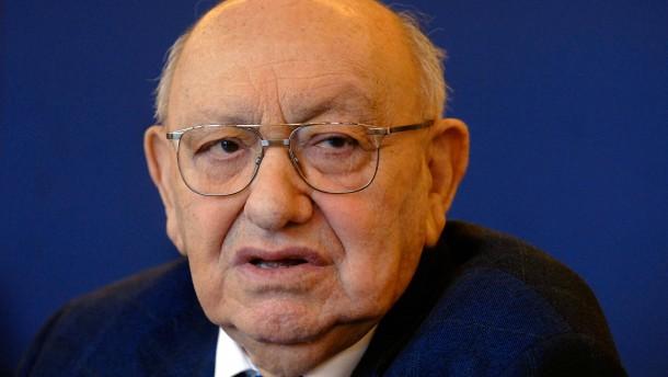 Marcel Reich-Ranicki (1920 - 2013).