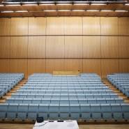 Bereit fürs Sommersemester: Hörsaal an der Universität Köln