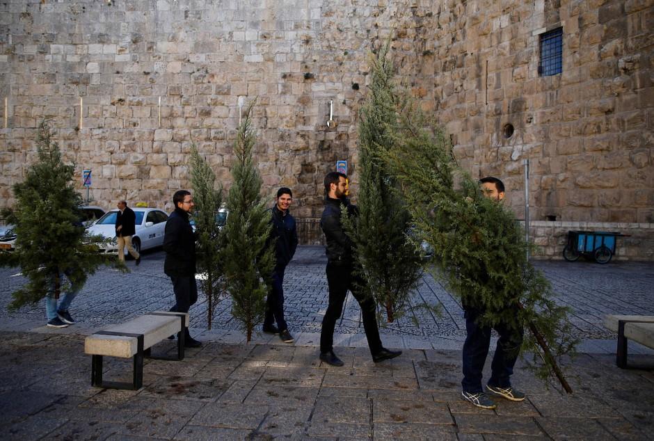 weihnachten in israel ein frohes chrismukkah feuilleton. Black Bedroom Furniture Sets. Home Design Ideas