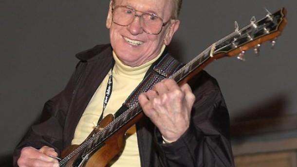 Der Mann, der die Gitarre unter Strom setzte