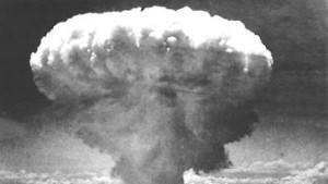 Blutalgenschwemme, Atomklimaforscher, Evolutionsversager
