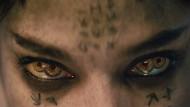 Vier Pupillen sehen mehr als zwei: Die ägyptische Prinzessin Ahamanet (Sofia Boutella), die vor fünftausend Jahren mumifiziert worden war, verdankt ihr Leben einem Pakt mit dem Gott Seth und der Dussligkeit des Abenteurers Nick (Tom Cruise).