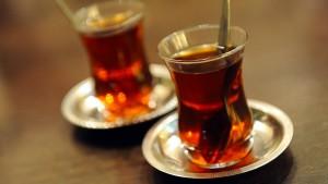 Wer Erdogan keinen Tee serviert, wird verhaftet
