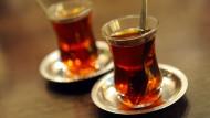 Kein Tee für Erdogan? Derzeit reicht das in der Türkei als Grund, Kantinenwirte zu verhaften.