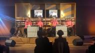 Alle Akkorde wurden schon gespielt? Aber vielleicht noch nicht gelesen: Die literarische Band OIL im Literaturhaus Frankfurt