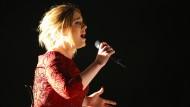 Singt betörend, hat aber ein loses Mundwerk: Adele