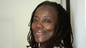 Über die Friedenspreisträgerin Tsitsi Dangarembga und den Orlanda Verlag