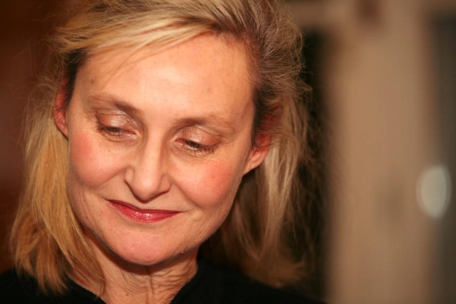 Elisabeth Ruge, geboren 1960, leitete von 2005 bis zum Frühjahr den von ihr mitbegründeten Berlin Verlag. Jetzt macht sie das Programm Hanser Berlin.