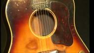 Gitarre von John Lennon soll versteigert werden